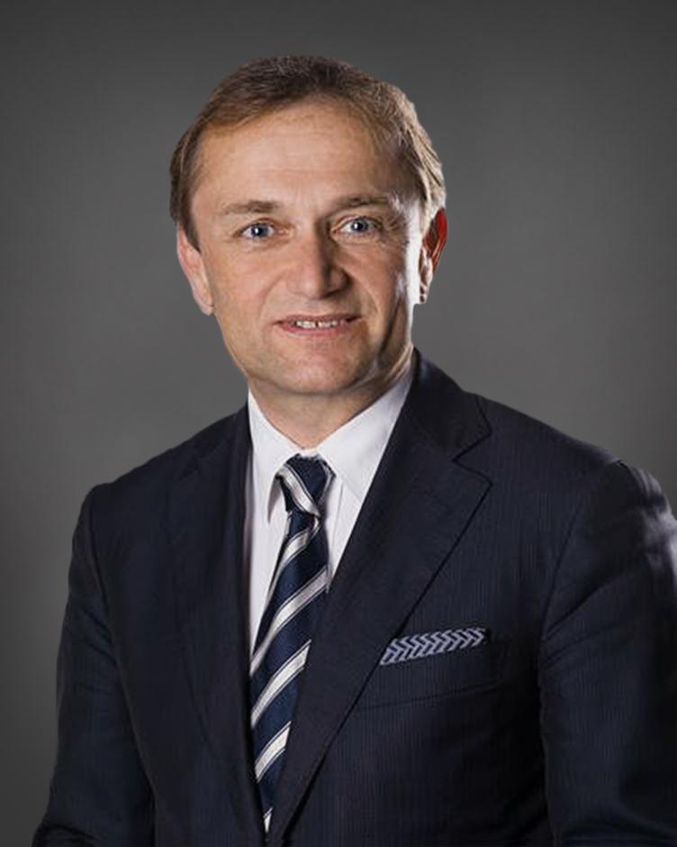Dr. Ulrich Schuh